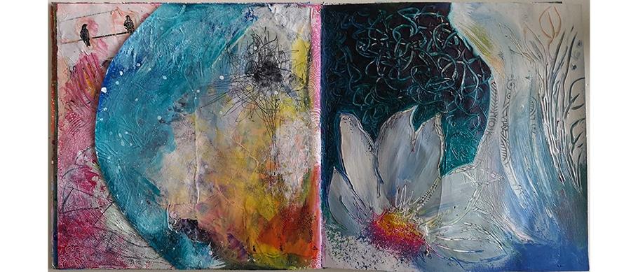 Arts plastiques : art-journal de Web Créatrice. Couleurs vitaminées et motif floral mélé à de l'abstrait